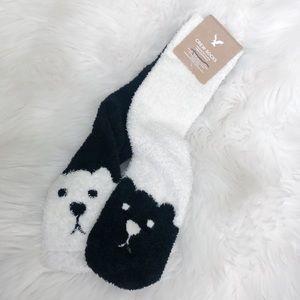 Aerie NWT Fuzzy Bear Socks